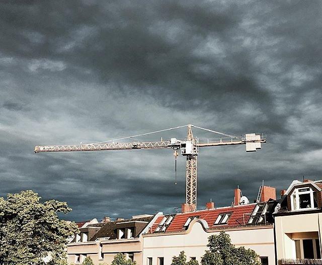 #berlin #towercrane #balcony #thunderstorm #neukölln