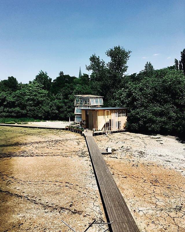 when your neighbourhood reminds you of indonesia #floatinguniversity #berlin #neukölln #drought #togean islands